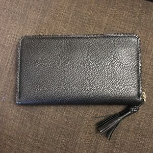 Tory Burch Bags - NWOT TORY BURCH Taylor Continental Zip Wallet